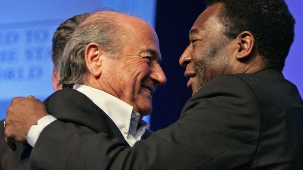 Fussballidol Pelé verlässt nach Darm-Operation die Intensivstation