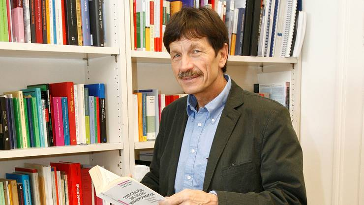 Ueli Mäder liebt die Schweiz, will aber die negativen Seiten auch sehen.