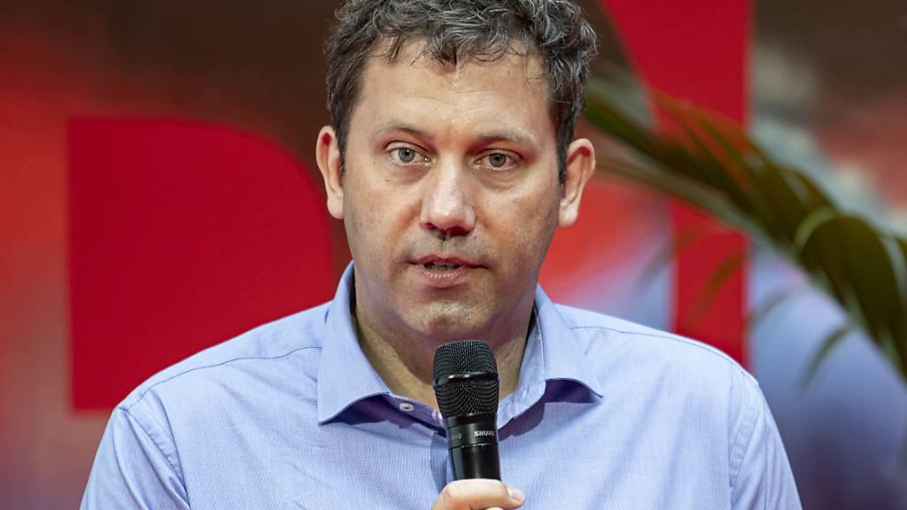 ARCHIV - Lars Klingbeil, SPD-Generalsekretär, spricht zum Auftakt des Digitalen SPD-Zukunftscamp im Willy-Brandt-Haus. Foto: Fabian Sommer/dpa-Pool/dpa