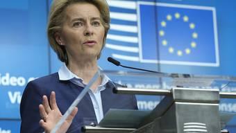 EU-Kommissionschefin Ursula von der Leyen fordert mehr Anstrengungen im Kampf gegen das Coronavirus. (Archivbild)