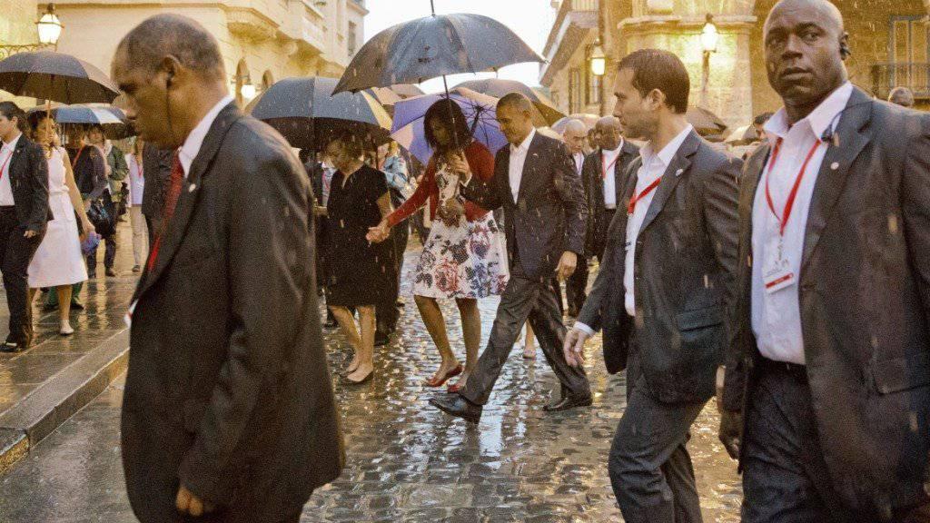 Der Stadtrundgang der Obamas in Havanna war verregnet. (Archivbild)