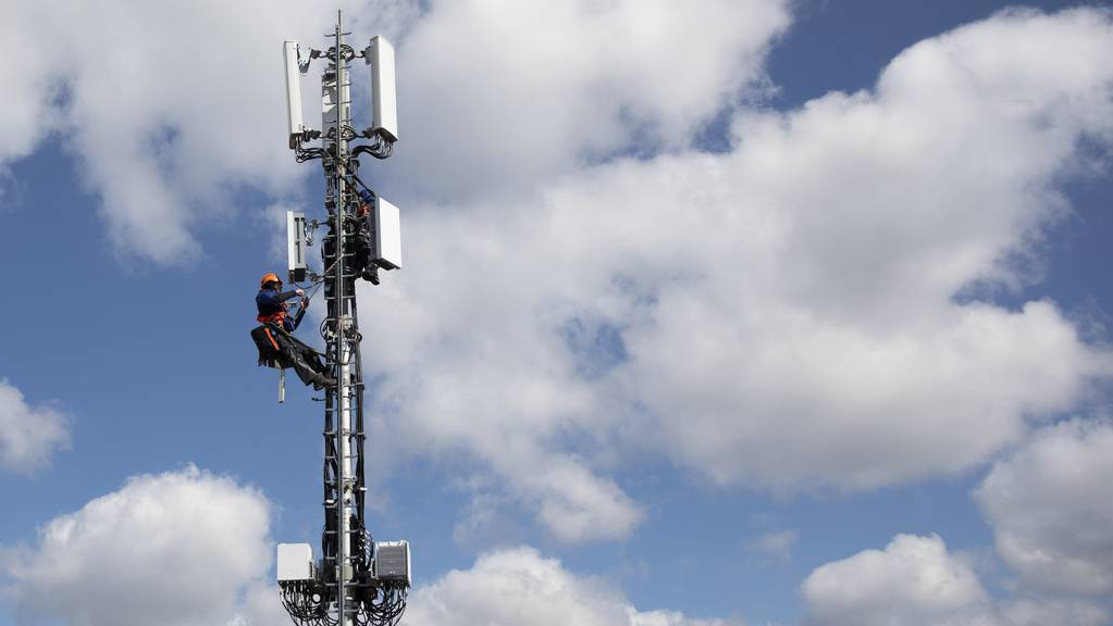15'000 neue 5G-Sendeanlagen sollen in der Schweiz erreichtet werden.