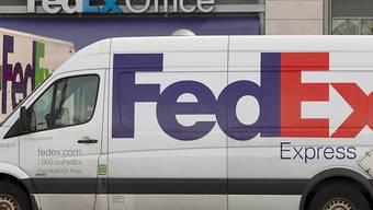 Warnsignal für die Weltwirtschaft: Der US-Logistikanbieter FedEx hat erneut vor rückläufigen Geschäftsresultaten gewarnt. (Archvibild)