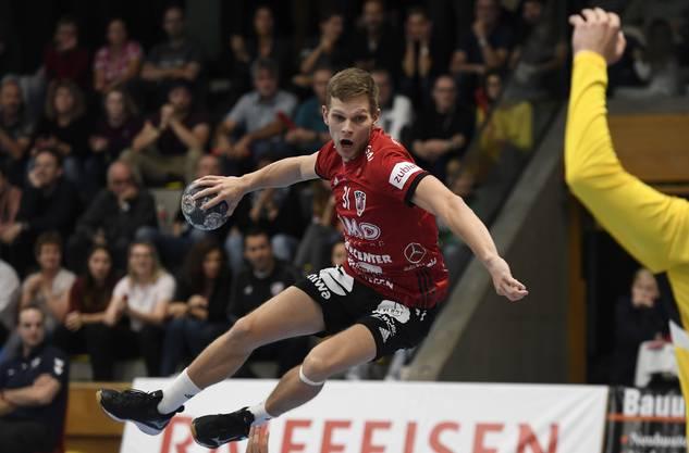 Flügelspieler Jan Peter läuft auch in der kommenden Saison für den HSC Suhr Aarau auf.
