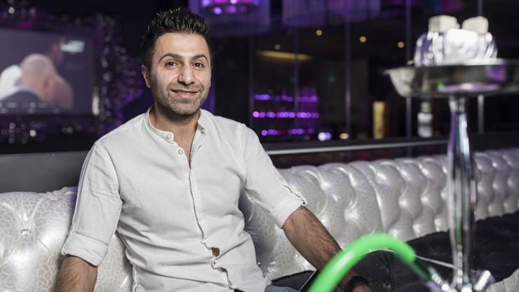 Er hat sich einen Traum erfüllt: Askin Meral in seiner Shisha-Bar «Shiva Lounge» in Spreitenbach.