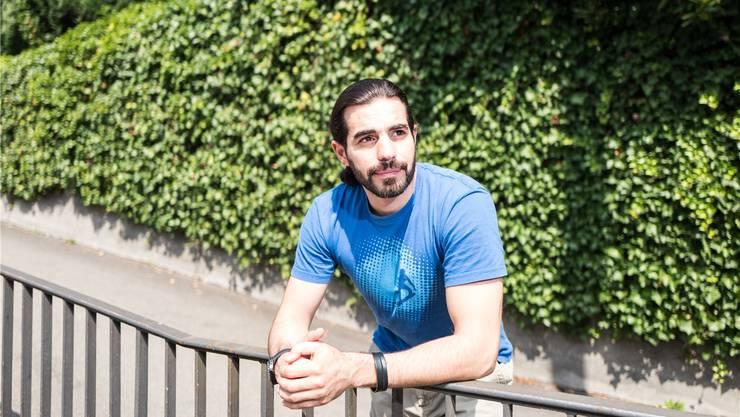 Der syrische Autor und Dramatiker Mohammad al-Attar präsentiert dieser Tage zuerst in Zürich, dann in Basel sein neues Theaterstück «While I Was Waiting».Mario Heller