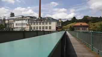 Im Gebäude unterhalb des Kamins an der Aare wird am 5. Dezember die erste Party von Markus Mörler auf dem Attisholz-Gelände stattfinden.