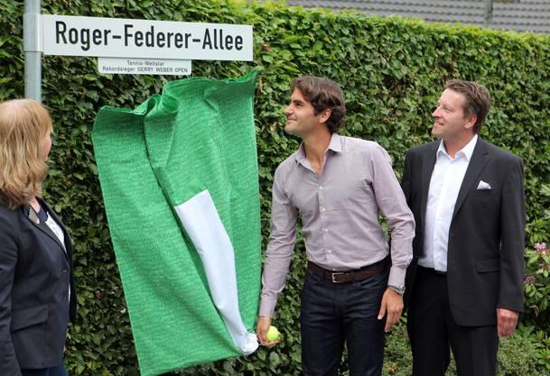 Die Deutschen sind ganz verrückt nach Federer: Sogar eine Allee wurde 2012 nach ihm benannt.