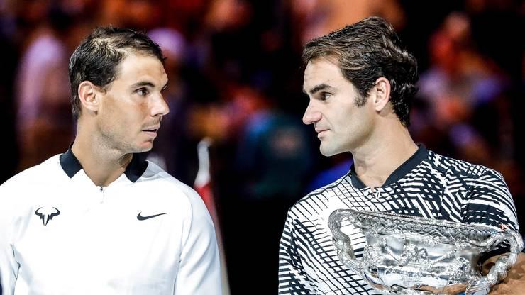 Erstmals seit fast zehn Jahren und erstmals ausserhalb Wimbledons besiegt Federer seinen Erzrivalen Rafael Nadal bei einem Grand-Slam-Turnier und feiert seinen 18. Major-Titel. «In einer Million Jahren hätte ich nicht damit gerechnet, dass ich hier den Titel hole», sagt er.