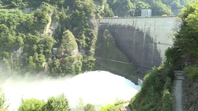 Spektakuläre Hochwasser-Reinigung