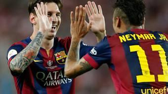 Klatschen sich nach dem Cupsieg ab: Die Torschützen Lionel Messi und Neymar