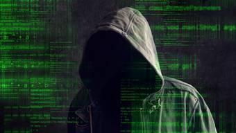 In aufwändigen Ermittlungen ist es der Kantonspolizei Aargau und der Staatsanwaltschaft gelungen, mehrere mutmassliche Drogenhändler zu überführen. Diese hatten grosse Mengen Rauschgift im sogenannten Darknet verkauft.