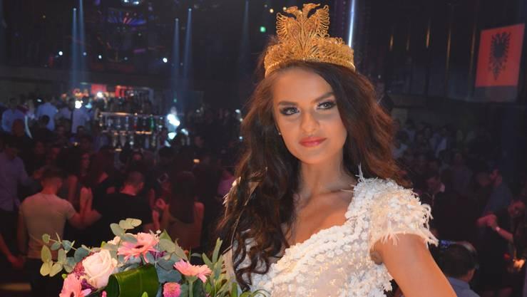 Medina Hajra ist die erste «Miss Shqiptarja në botë».