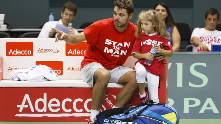 Stan Wawrinka hat Tochter Alexia bei sich auf dem Court. Von einer Tenniskarriere ist bisher keine Rede.
