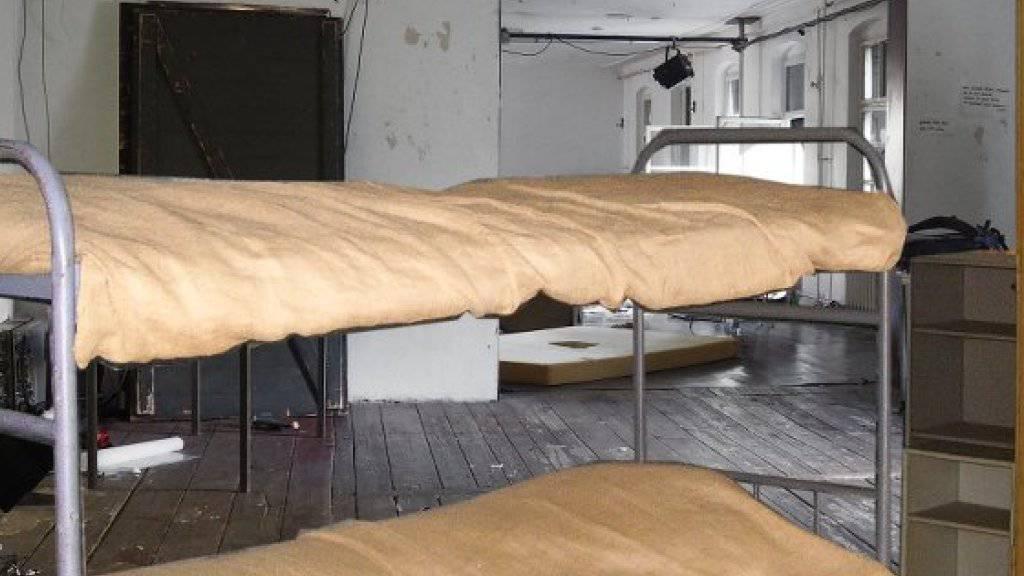 Das Berliner Theater Ballhaus Ost bietet vorübergehend Schlafplätze an, inklusive Gemeinschaftsessen und geführte Tour durchs Haus. Kajütenbetten (Bild) sind die preisgünstigste Kategorie. (zVg)