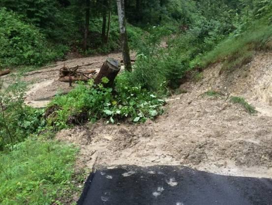 Der Regen hat in der Region um Wasen etliche Murgänge ausgelöst.