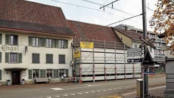 Nach den Bauarbeiten ab Frühling wird die Fassade hinter dem Gerüst gesichert sein.