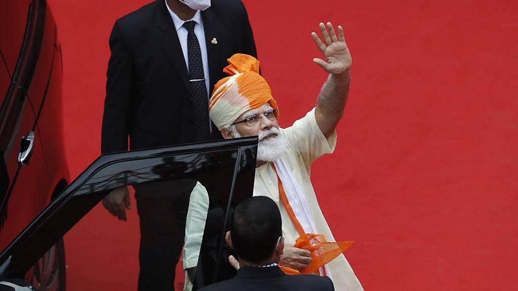 Indiens Premier spricht über Damenbinden - Beifall für Tabubruch