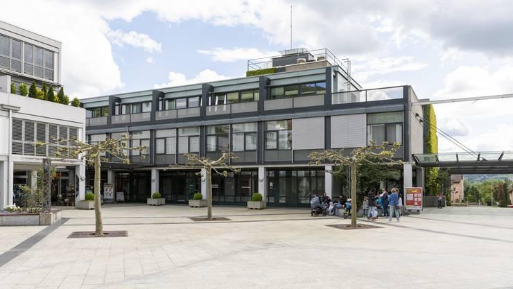 Das Gemeindehaus im Zentrum Geroldswil, fotografiert am 29. April 2020.