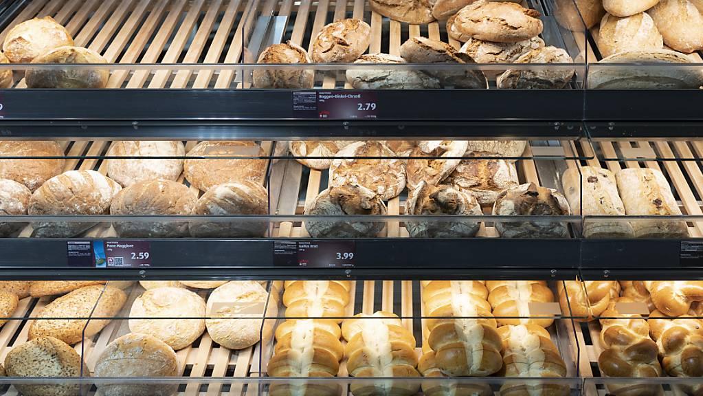 Das Produktionsland von Brot und Backwaren soll künftig an einem für Kundinnen und Kunden gut sichtbaren Platz angegeben werden. Das fordert der Ständerat. (Archiv)