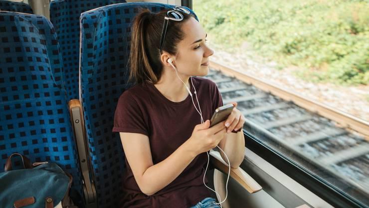 Ohne Maske im Zug: selbst mit Attest schwierig.