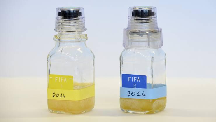 n Lausanne werden zurzeit rund dreissig Proben von russischen Fussballern auf Manipulationen untersucht.