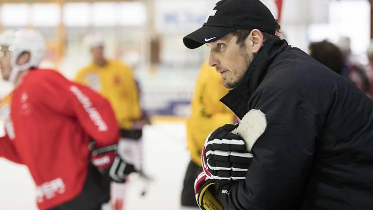 Eishockey-Nationaltrainer Patrick Fischer testet in diesen Tagen mit Schweizer WM-Kandidaten in der Slowakei