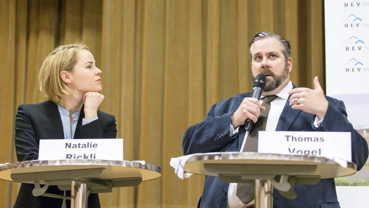 Die Regierungsratskandidaten Natalie Rickli (SVP) und Thomas Vogel (FDP) stellten sich der Diskussion.