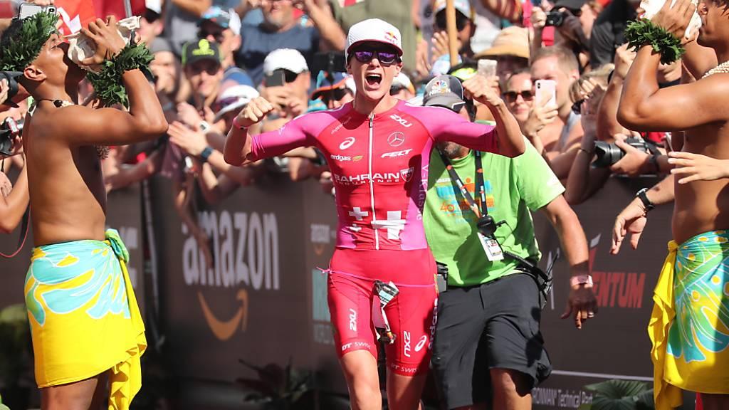 Daniela Ryf bei ihrem letztjährigen Zieleinlauf an der Ironman-WM auf Hawaii