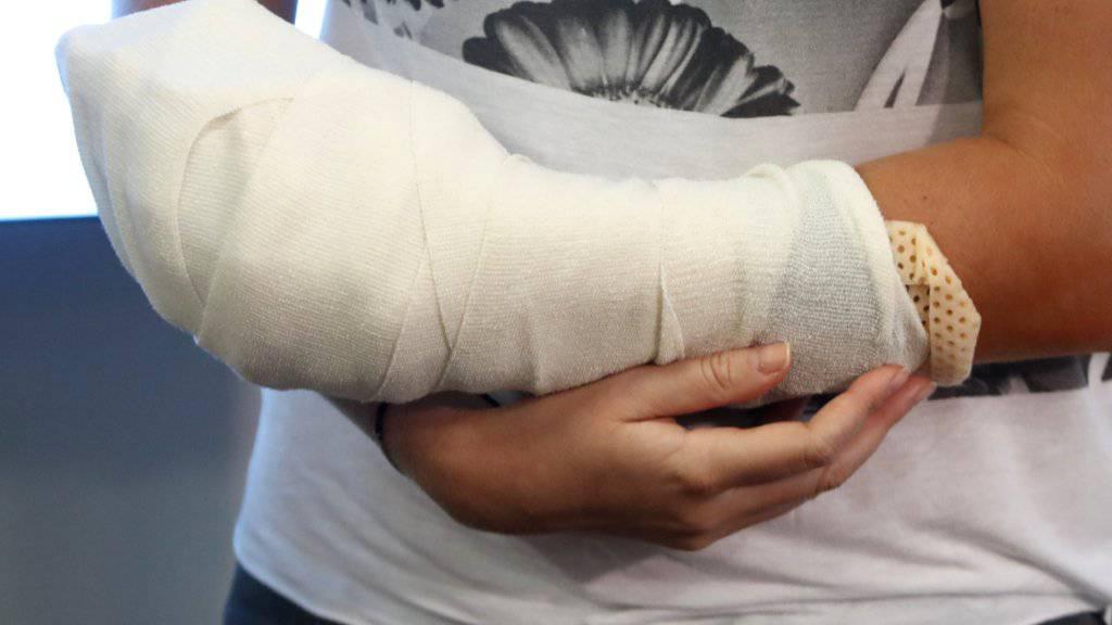 So sah Petra Kvitovas Schlaghand drei Tage nach der Messerattacke eines Einbrechers in Prostejov aus