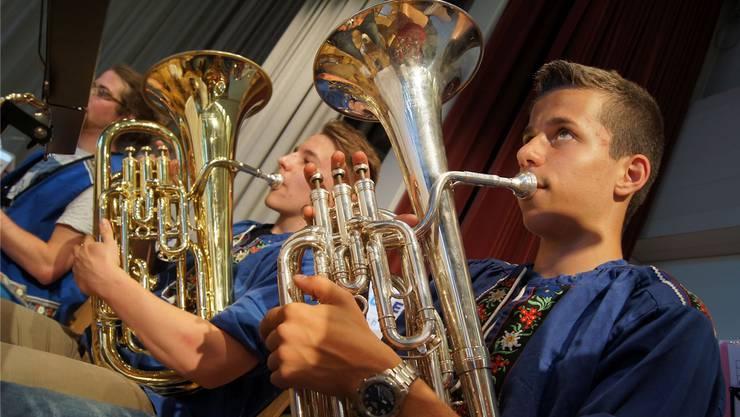 Teils unerwartet, aber stets schweizerisch: Das Konzert der Jugendmusik rechtes Limmattal.