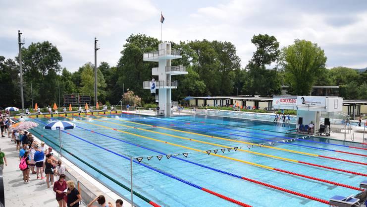 Das Sportbad St. Jakob, mit seinem berühmt schnellen Becken, wird Schauplatz der Schweizer Meisterschaften und wird auf Top Niveau vorbereitet.