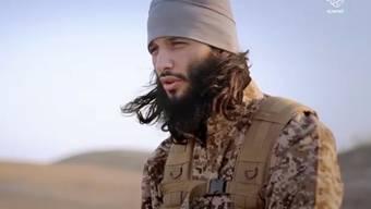 Ein Video, das von der Terrormiliz Islamischer Staat verbreitet wurde, zeigt einen französischen IS-Kämpfer: Die jüngste Propaganda der Miliz widerspiegelt ihre militärischen Rückschläge. (Archivbild)