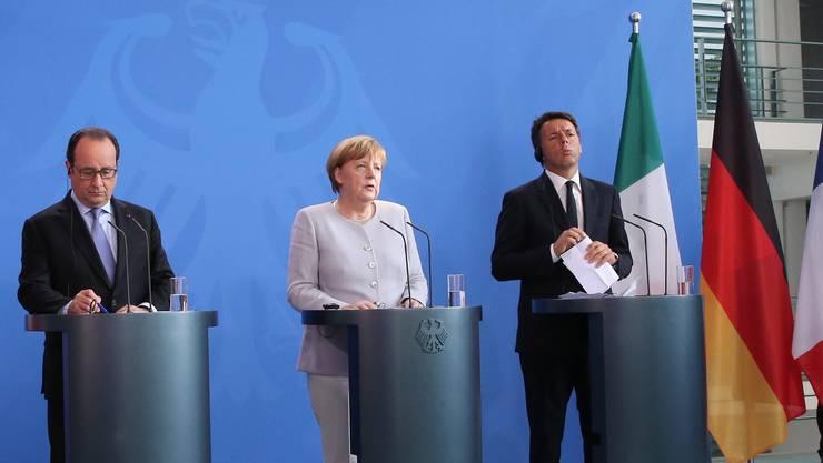Wollen die EU attraktiver machen: Angela Merkel,flankiert von Frankreichs Präsident François Hollande (l.) und Italiens Regierungschef Matteo Renzi.