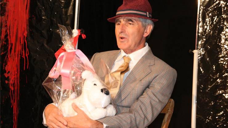 Kaspar Lüscher lässt die Zuschauer als «Karl mit Hund» tief in das Drama seines Lebens schauen, auch mit einem Lächeln.