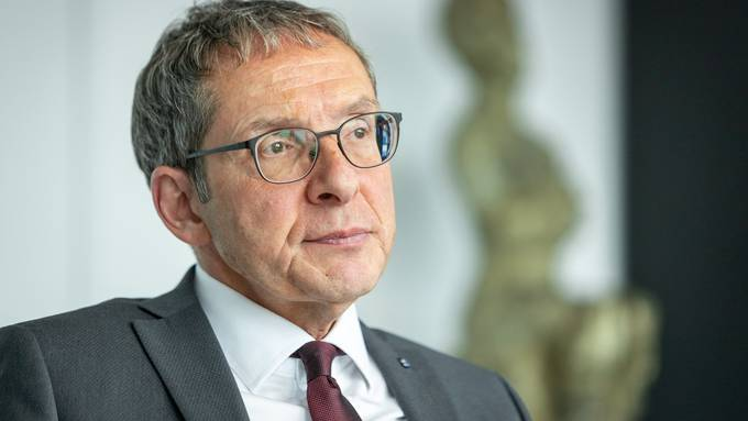 Wegen Corona-Infektion hospitalisiert: Regierungsrat Urs Hofmann.