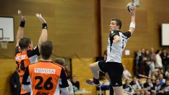 Die Herren der HSG Leimental (l.) konnten gegen Fortitudo Gossau ein Unentschieden erreichen.