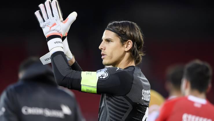Yann Sommer übernahm im Spiel der Schweiz gegen Gibraltar die Captain-Binde, als Granit Xhaka ausgewechselt wurde. (KEYSTONE/Anthony Anex)