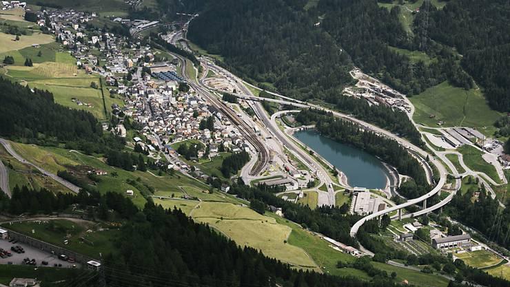 In Airolo wird bald gebaut: Der Bundesrat hat den ersten Planungsschritt für den Bau der zweiten Gotthard-Röhre genehmigt. (Archivbild)