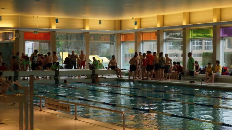 Die Gemeindeversammlung hat den Sanierungskredit für das Schwimmbad gutgeheissen.