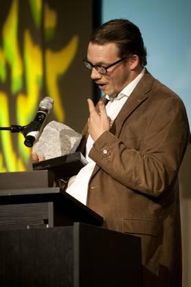 Emanuel Freudiger bekommt den Preis für den besten Fotografen