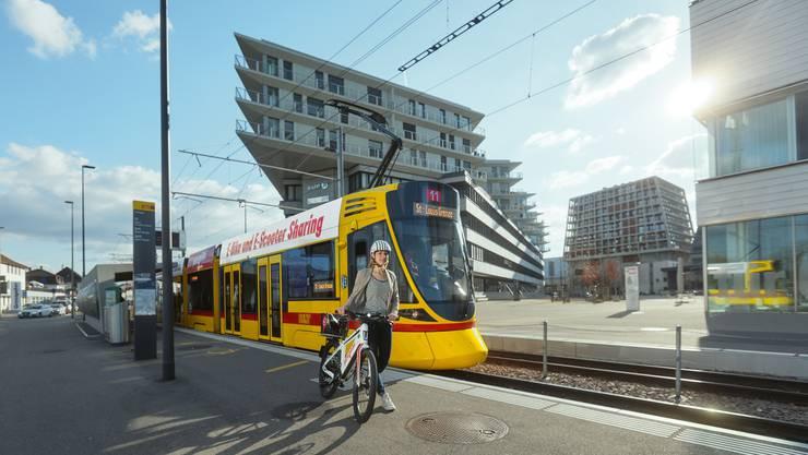 Pick-e-Bike statt Tram Die BLT trägt am Rückgang ihrer Fahrgastzahlen eine gewisse Mitschuld.