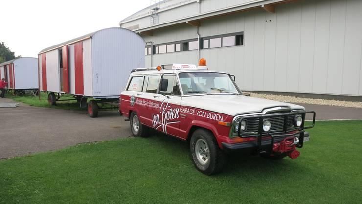 Der TVG-Baustellenwagen wird an seinen Bestimmungsort transportiert.
