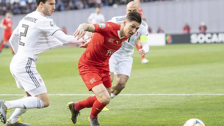 Steven Zuber brachte die Schweiz in Tiflis gegen Georgien nach knapp einer Stunde mit seinem 6. Länderspiel-Tor in Führung