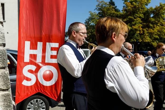 Die Stadtmusik Solothurn spielt zum Auftakt der HESO 2019
