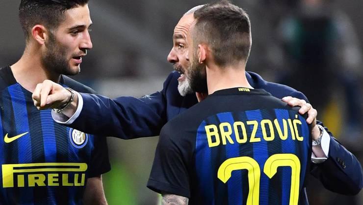 Katzenjammer: Marcelo Brozovic verschuldete fünf Minuten vor Schluss den entscheidenden Handspenalty und damit die Niederlage Inter Mailands