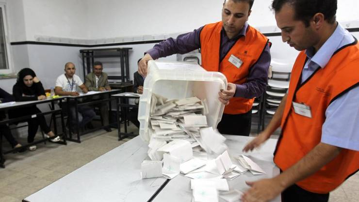 Auszählung der Stimmen bei der Kommunalwahl in Hebron im Oktober 2012. (Archivbild)