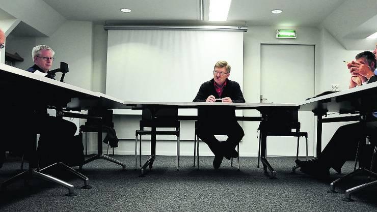 Die kleine EDU-Fraktion mit Präsident Stefan Dollemeier (Mitte) lässt sich gerne umwerben. marc dahinden