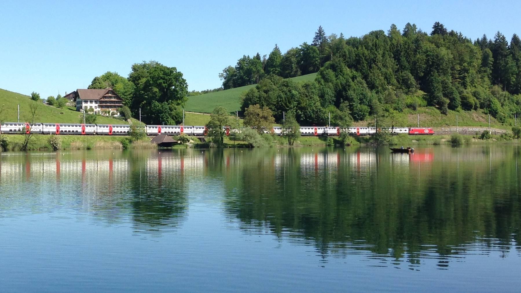 Bahnstrecke am Rotsee bleibt bis Dienstagmorgen gesperrt