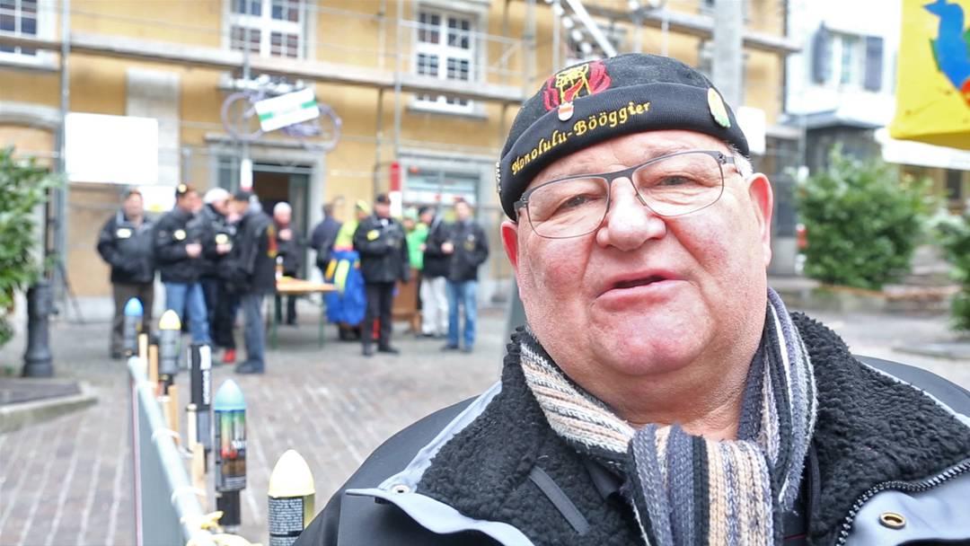 «Es soll brennen und leuchten und klöpfen»: Anzünder Rolf Grau über die  Vorbereitungen für die Böögg-Verbrennung.